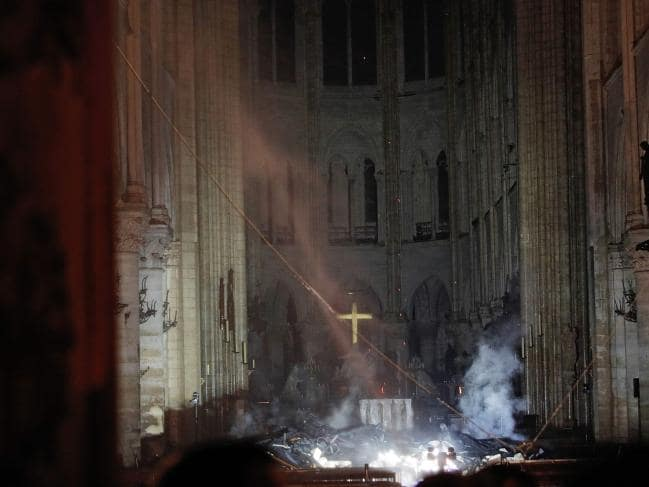 Notre Dame Cross - Philippe Wojazer, Reuters